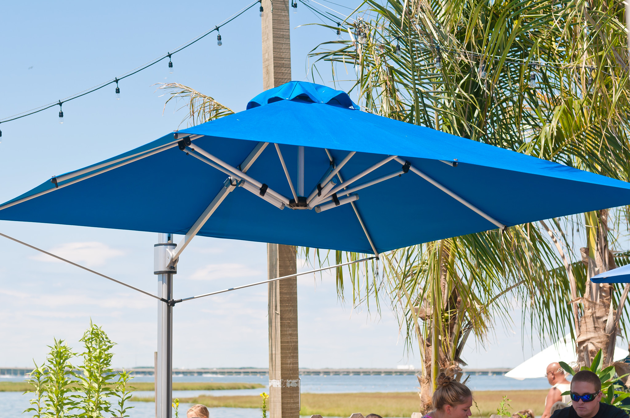 10 Square Eclipse Cantilever Umbrella Resort Umbrella